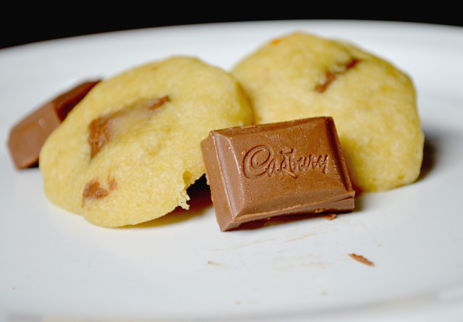 cadbury chocolate cookies